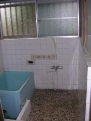 金重・浴室