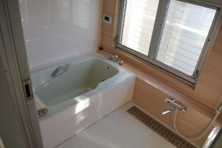 東浦和・石井邸 (浴室)HP